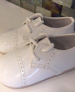 keresztelő cipő lakk