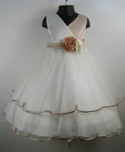 koszoruslany ruha (115)